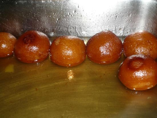 Howard Plaza The Fern Agra: Gulab Jamun-Indian sweets
