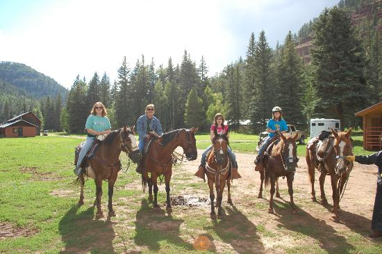 Circle K Guest Ranch: Horseback riding