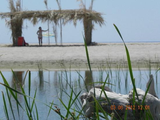Acqua di Friso agriturismo calabria mare: spiaggia con freschiera