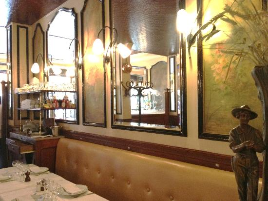 Interior picture of le petit lutetia paris tripadvisor - Restaurant le lutetia paris ...