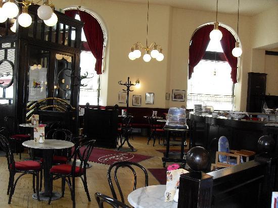 l\'intérieur du café - Bild von Cafe Klimt, Wien - TripAdvisor