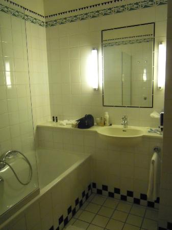 Hotel Theater Figi: Salle de bain