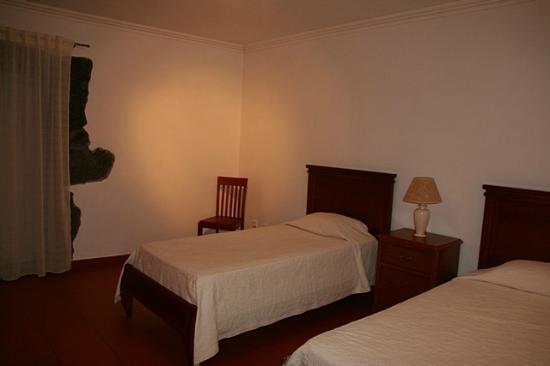 Quinta das Figueiras : Twin room