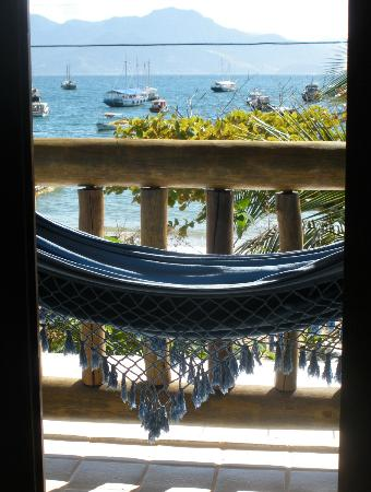 Pousada Manaca Inn: Veranda overlooking the bay