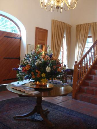 ذا سيلارز - هوهينورت: Entrance Hall
