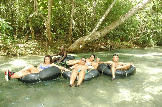 Know Jamaica Tours : WHITE RIVER TUBING
