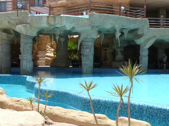 Faraana Heights Resort : bar