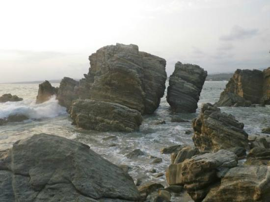 Hotel Las Olas: rock formation
