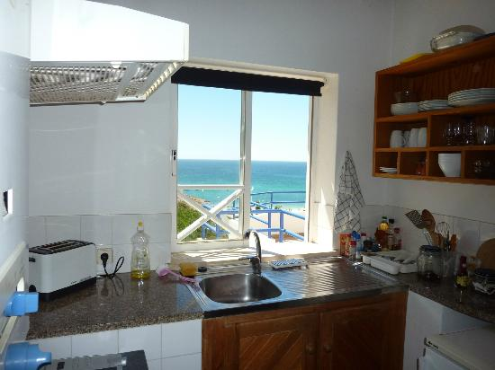 Pension A Mare Bed & Breakfast : Ocean view from Kithen Window