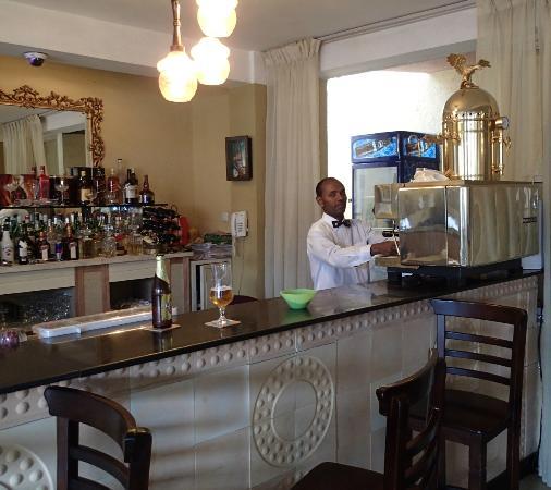Addis Regency Hotel: Expresso machine in lobby area