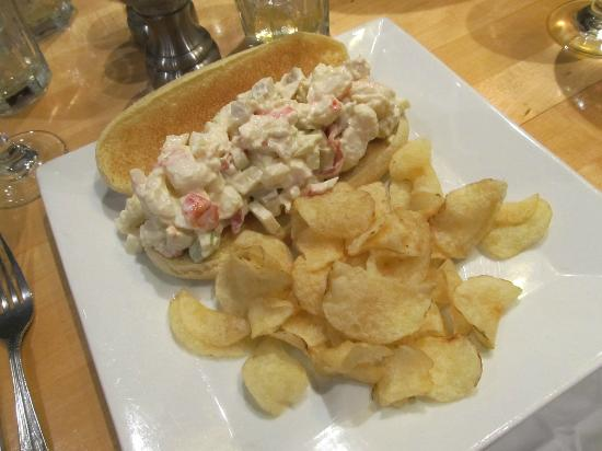 Moran's Restaurant : Lobster roll with chips.