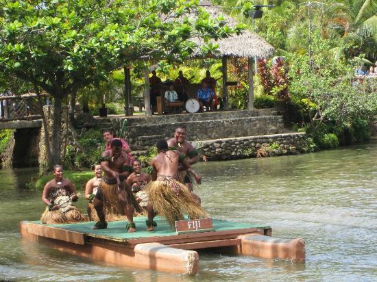 Лайе, Гавайи: Desfile de danzas típicas de Hawaii