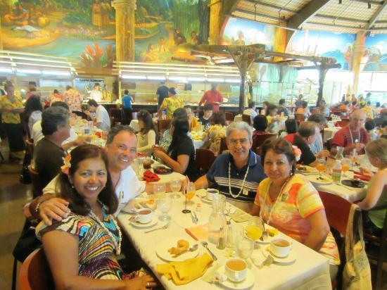 Polynesian Cultural Center: Cena bufet en el Centro
