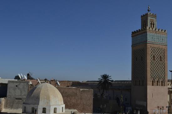 Riad Dar White : Blick von der Dachterrasse