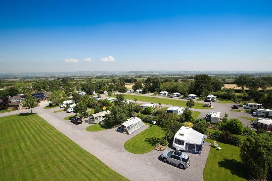 Old Oaks Touring Park and Glamping: Larger than average private pitches