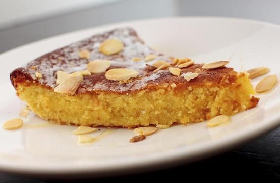 tarta de santiago almond cake Picture of Tapas y Tintos Miami