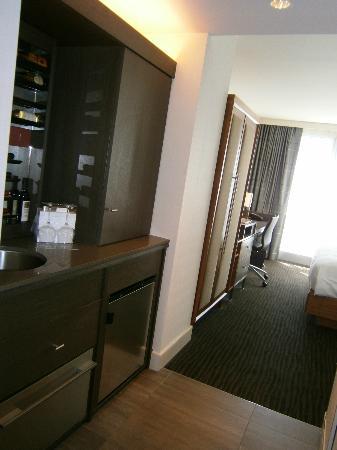 Hotel 48LEX New York: Vista del escritorio de la habitación