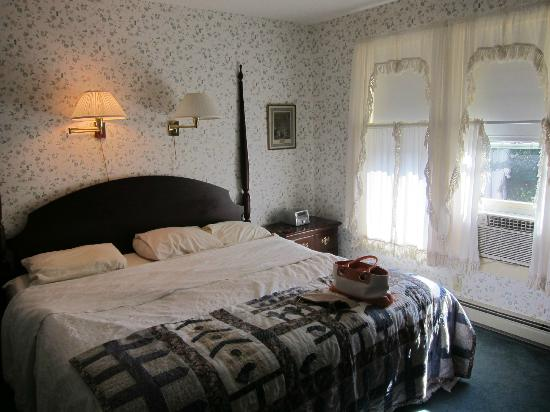 The Village Inn Bed and Breakfast: Rm 32