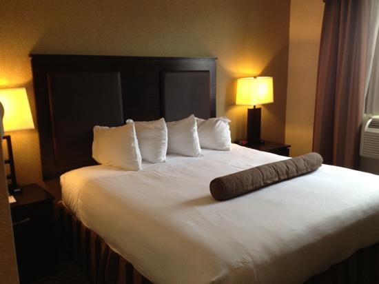 Best Western Plaza Hotel: letto comodo e pulito