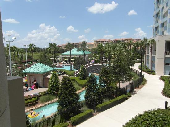 view from approaching road picture of hilton orlando. Black Bedroom Furniture Sets. Home Design Ideas