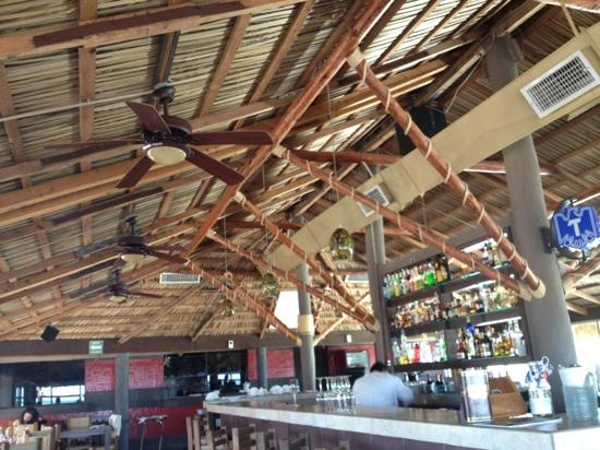 La Conquista: Bar