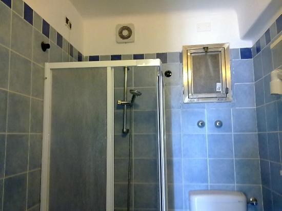 Bagno cieco - Foto di Manuels Guest House, Monterosso - TripAdvisor
