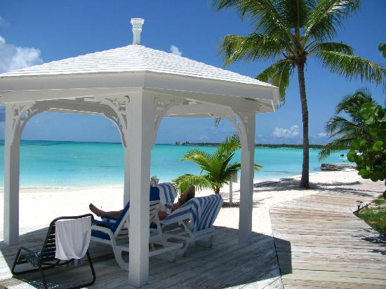 Cape Santa Maria Beach Resort & Villas: gazebos were always available