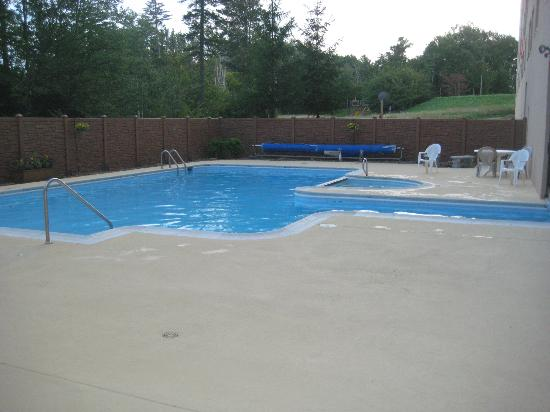 Silver Creek Lodge: Silver Creek pool
