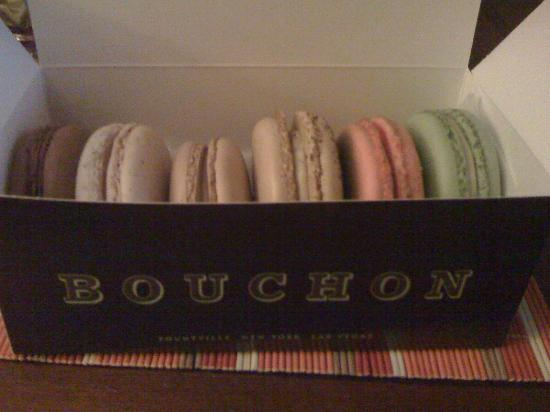 Bouchon Bakery: assorted macarons