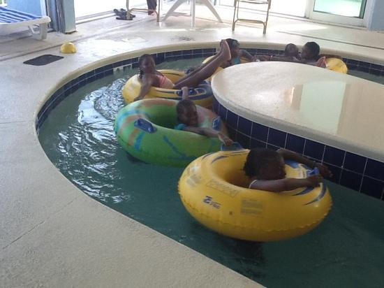 Holiday Sands South: lazy river