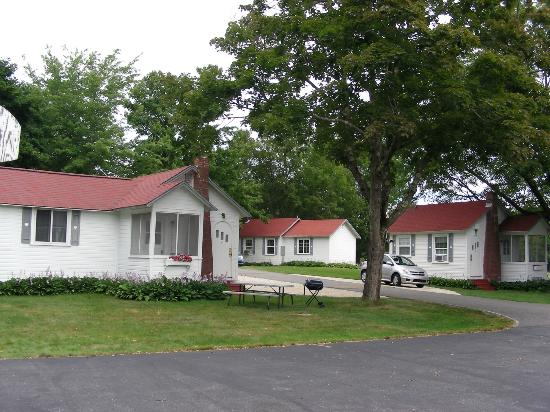 Eden Village Motel and Cottages: Cottages.