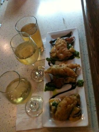 Pier M33 On The Cheboygan: Couldn't resist posting: Squash blossoms w/boursin cheese, tempura battered and deep fried over