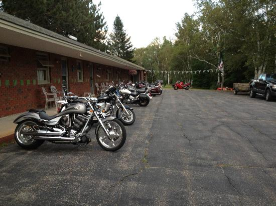 Birch Bend MotoLodge: Motorcycle Friendly