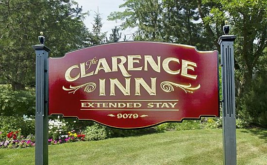 The Clarence Inn : property sign