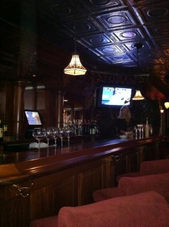 Tredici Steak: bar area