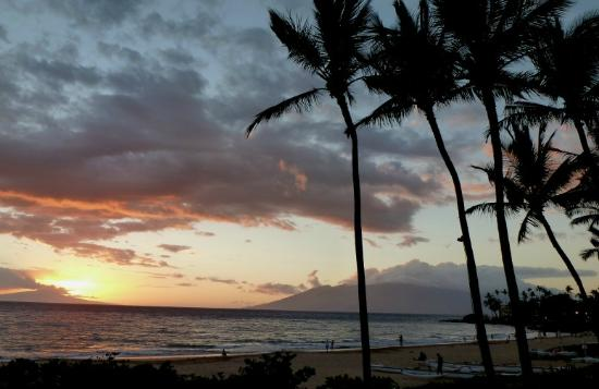Wailea Beach sunset from Luau area