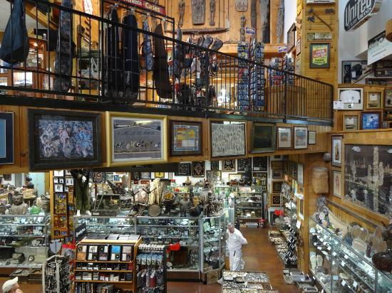 Sevierville, TN: Really neat place. You could spend all day here.