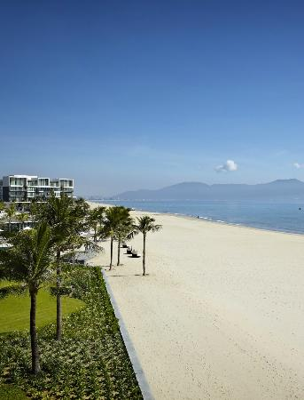 Hyatt Regency Danang Resort & Spa: Beach View