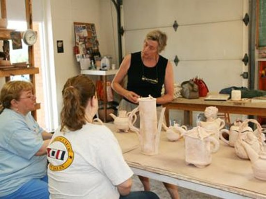 River Arts Chestertown: Pottery class on the wheel