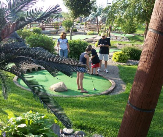 Lost Island Water Park: 36 holes of Adventure Golf await!