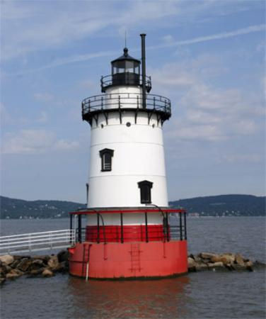 The Tarrytown Lighthouse