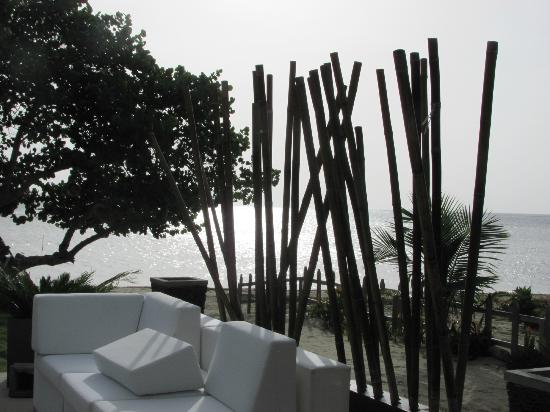 Xbalanque Resort: view off seating area off pool area