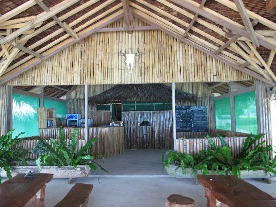 Little Paradise Restaurant: Restaurant taken from Beach