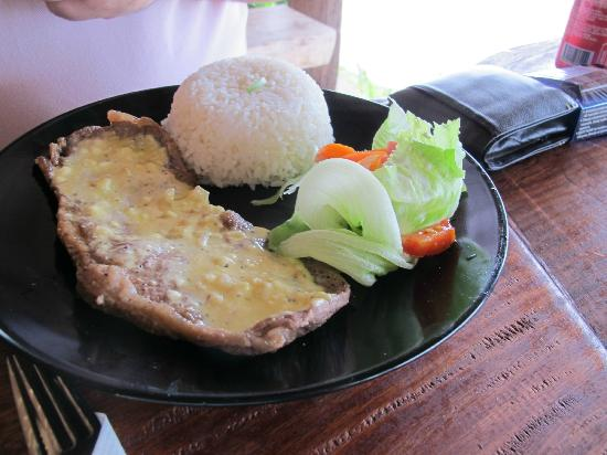 Little Paradise Restaurant: Santo Beef meal