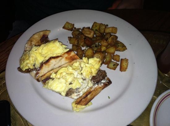 Jerusalem Garden Cafe : Egg gyro and potatoes.