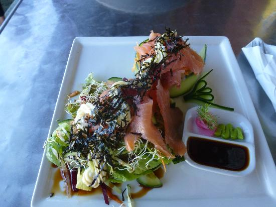 The Olive Cafe: Smoked salmon sushi salad