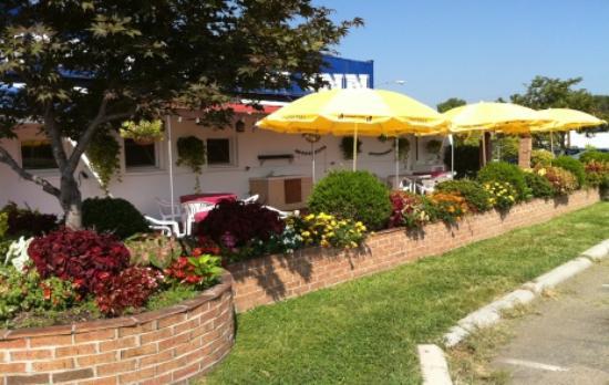 Pistone's Italian Inn
