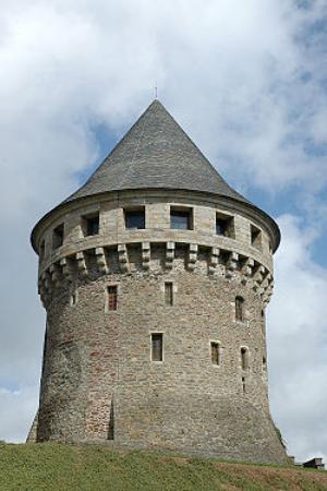 Tour de la Motte-Tanguy