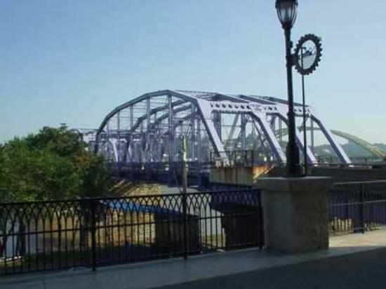 Newport Southbank Bridge a.k.a. Purple People Bridge