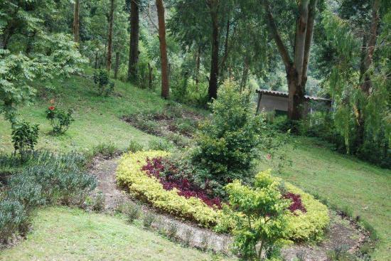 Estancia Dulcelina: Jardines